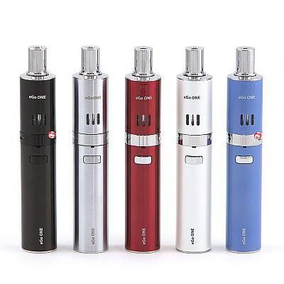 Joyetech eGo ONE van links naar rechts: Zwart, Zilver, Cherry Red, Pearl White, Magic Blue
